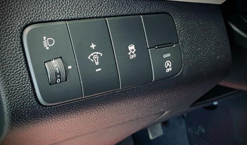 Hyundai i10 1,0 Move 5d full